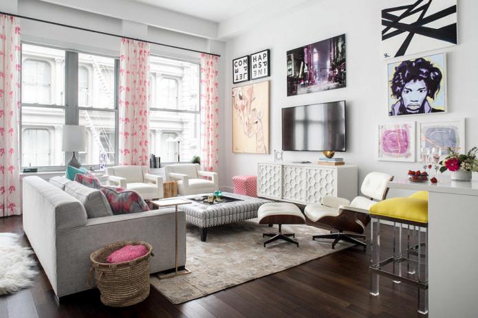 Бело-розовые шторы