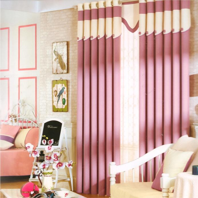 шторы блэкаут в гостиной