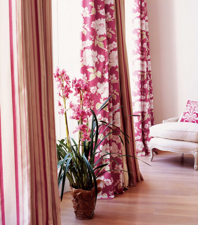 шторы с цветочным узором