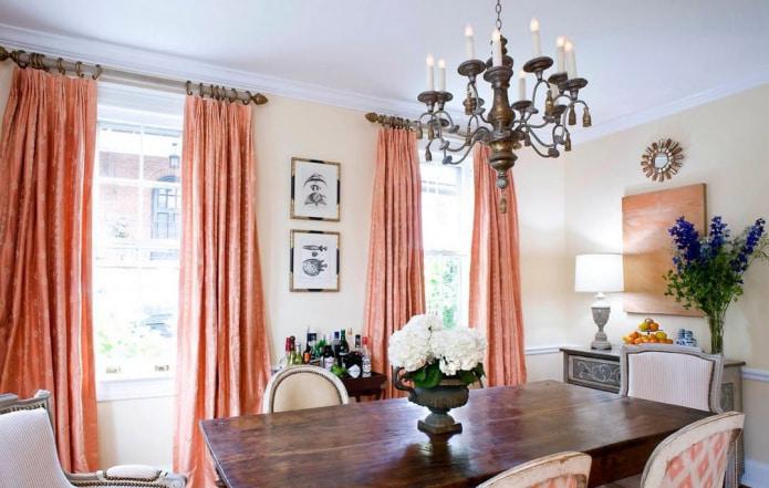 Плотные персиковые шторы