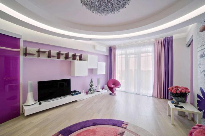 сиренево-розовые шторы в зале