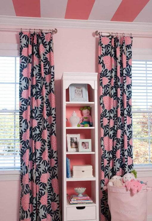 сине-розовые шторы