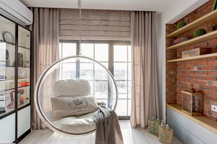 бежевые шторы в интерьере в стиле лофт