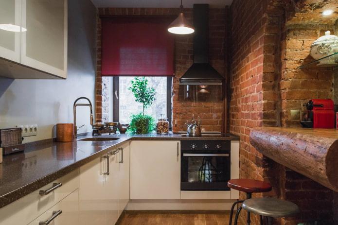 красные шторы на кухне в стиле лофт