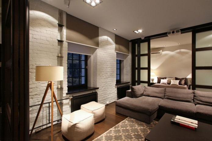 коричневые рулонные шторы в гостиной в стиле лофт