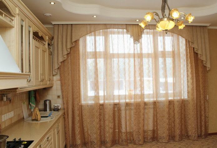ламбрекены в интерьере кухни