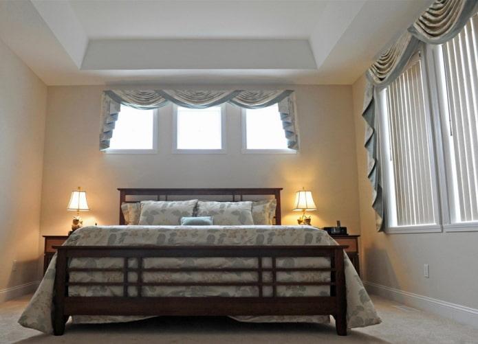 сваги в интерьере спальни