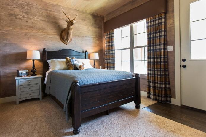 жесткий ламбрекен в интерьере спальни