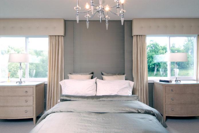 прямой жесткий ламбрекен в спальне