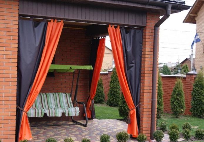 Шторы для летней веранды