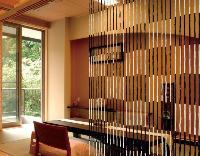 бамбуковые занавеси с геометрическими узорами