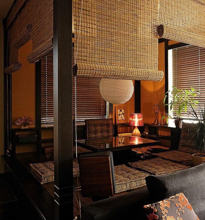 шторы из бамбука в восточном стиле