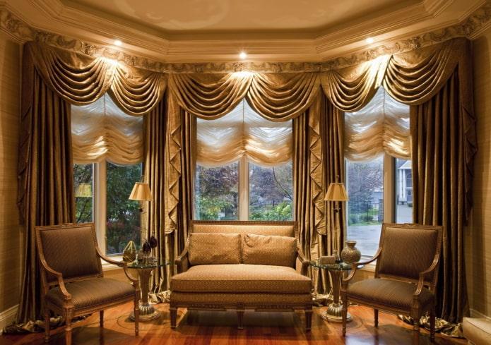шторы маркизы на эркерных окнах