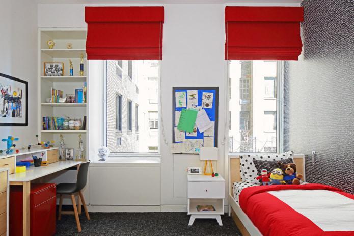 однотонные красные римские шторы