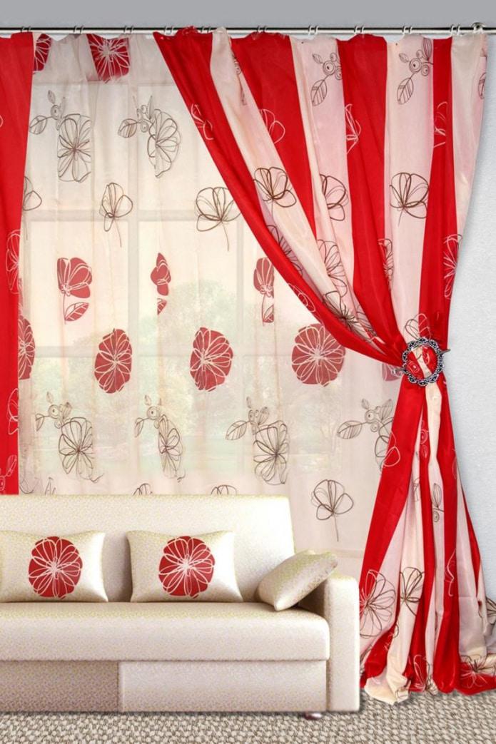 Красно-белая штора