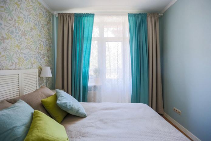 Бежево-голубые шторы