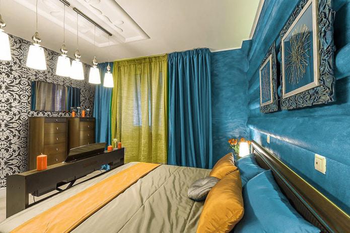 Желто-голубые шторы в спальне