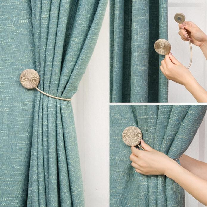 Зажим для шторы