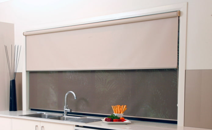 монохроматическое сочетание цвета на шторах