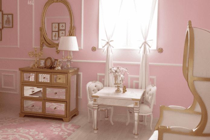 Розово-золотой интерьер