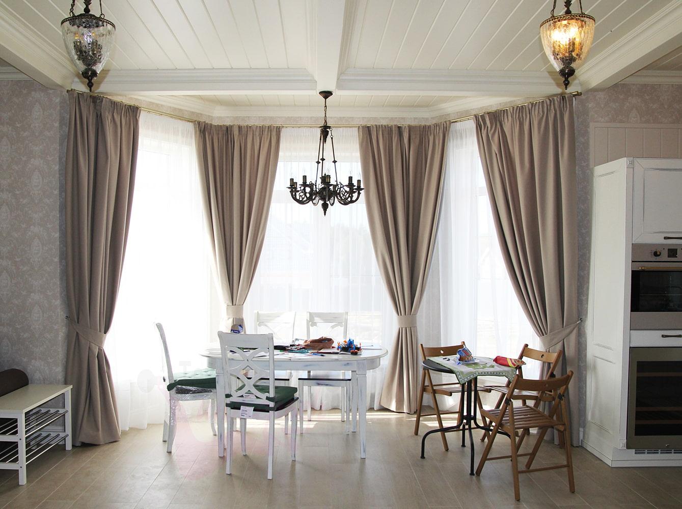 данном шторы для кухни эркер фото своей хромотой спокойно