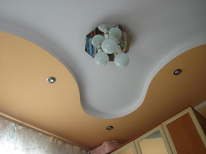 конструкция из гипсокартона с сочетанием двух цветов