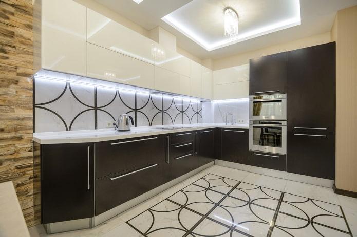 подсветка потолка в кухне