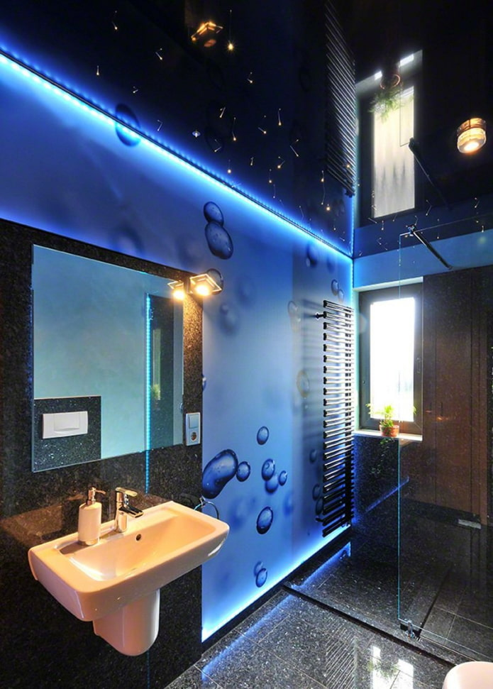 подсветка потолка в ванной