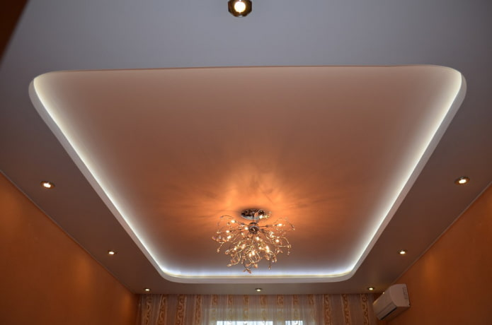 сатиновое натяжное полотно с подсветкой внутри