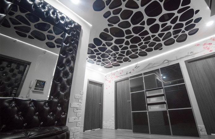 Резные натяжные потолки: 50 фото перфорированных полотен, современные идеи