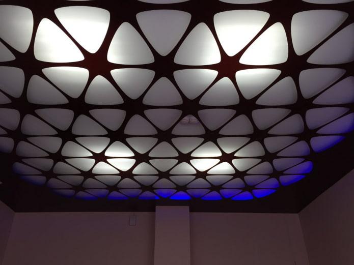 перфорированное полотно с подсветкой из вырезов