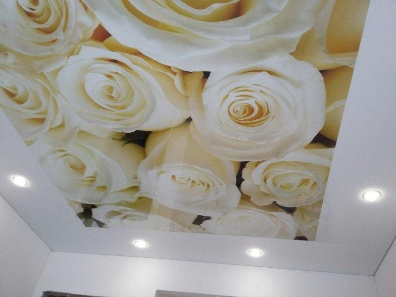 время строительства натяжные потолки с розами фото делать
