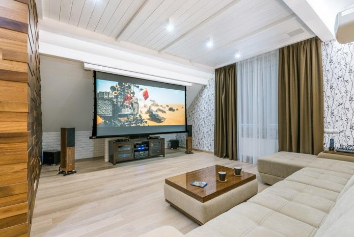 белый потолок из дерева в гостиной