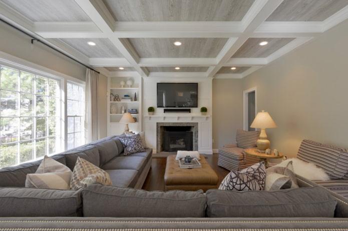 кессонная потолочная конструкция в гостиной