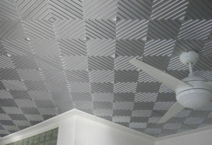 потолочная плитка серого цвета