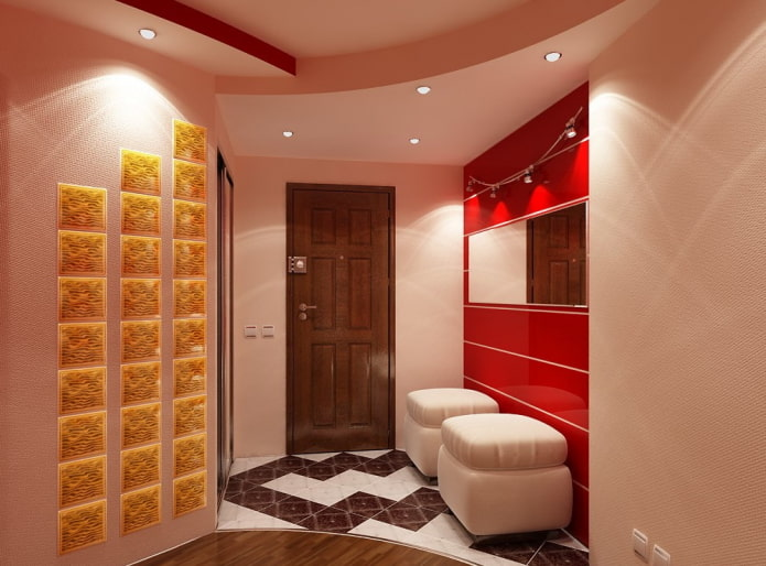 многоуровневая потолочная конструкция в прихожей