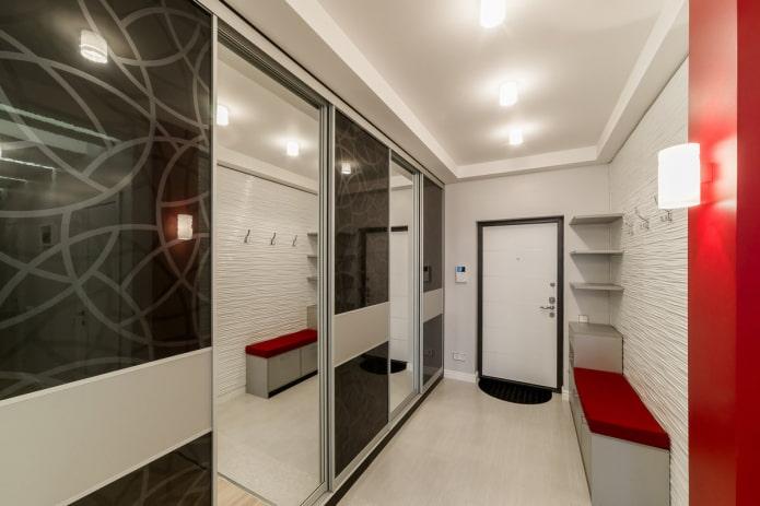 дизайн потолка в прихожей в стиле хай-тек
