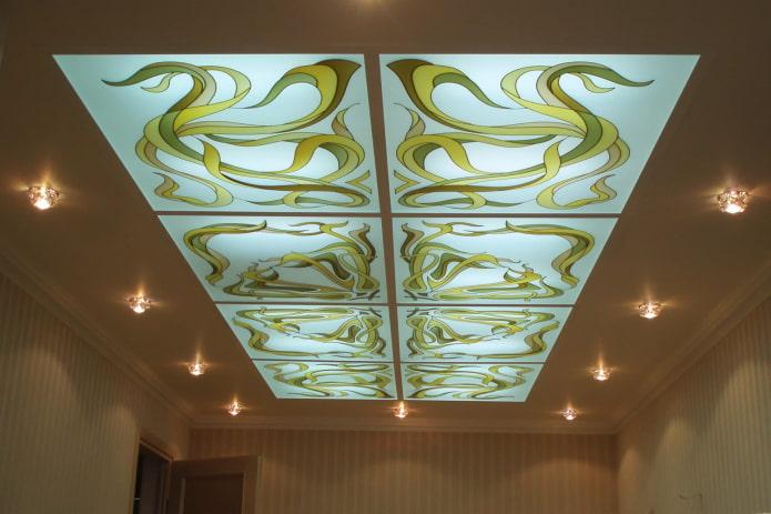 Витражные потолки: 65 фото, уникальные идеи дизайна, примеры в интерьере