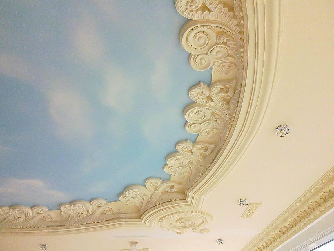 остальном человек как украсить потолок из гипсокартона лепниной фото как
