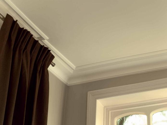 потолочная галтель из полистирола