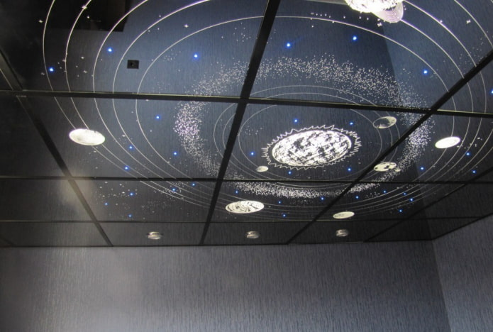зеркальная потолочная конструкция звездное небо