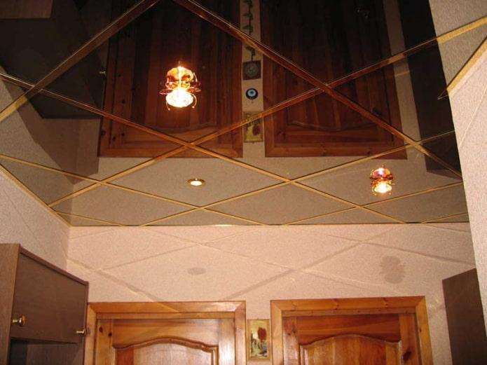 бронзовая зеркальная потолочная конструкция