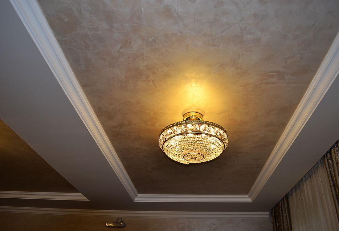 потолок из фактурной штукатурки фото оставшееся тесто