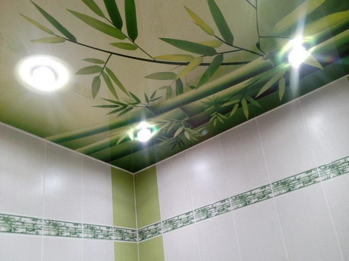 текстурное натяжное полотно с бамбуком