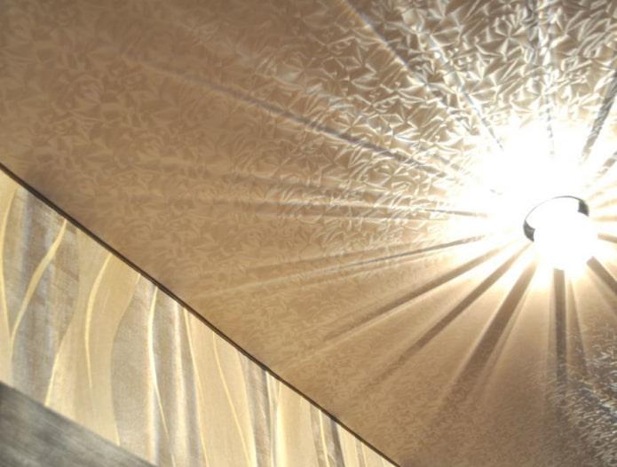 текстурное натяжное полотно с имитацией парчи