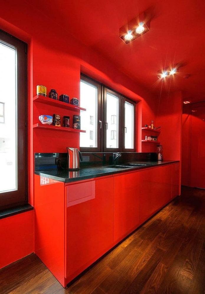 красные стены в интерьере кухни