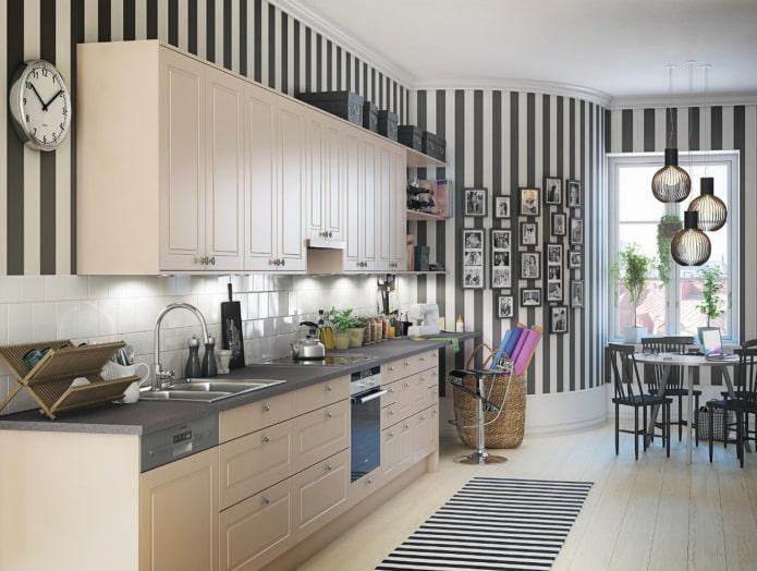 черно-белые стены в интерьере кухни