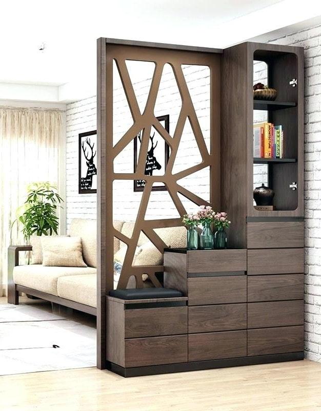 шкаф лесенкой в виде перегородки в интерьере
