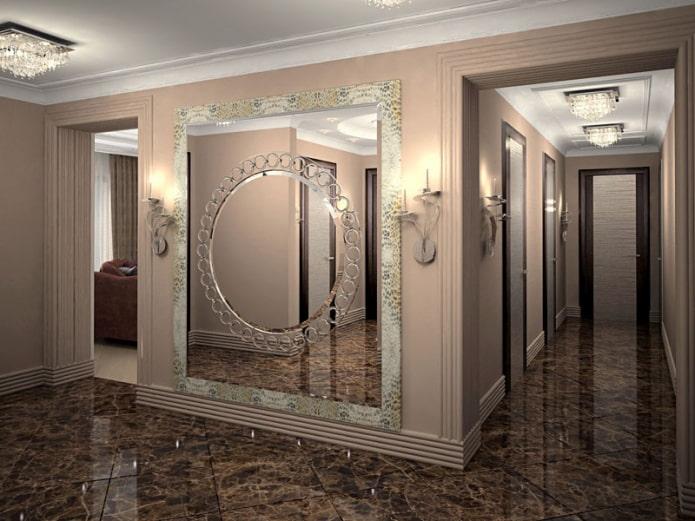 фацетное зеркало с узорами в интерьере