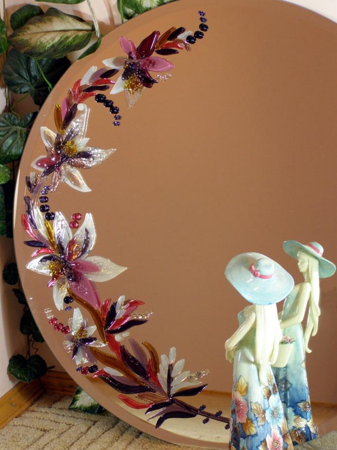 зеркало декорированное росписью